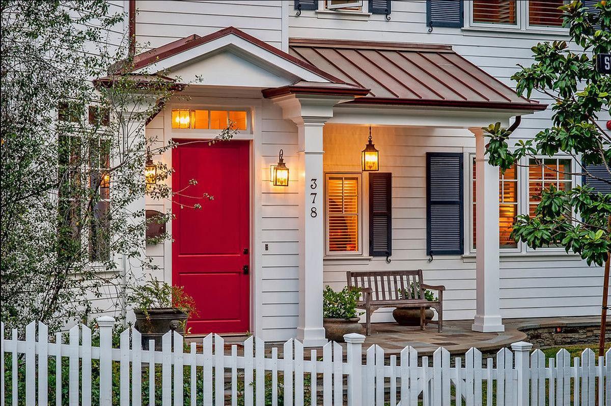 Những mẫu cửa nhà đẹp mới nhất hiện nay - Gia Huy Door 0886.500.500